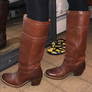 FRYE PULL ON WIDE CALF BOOT
